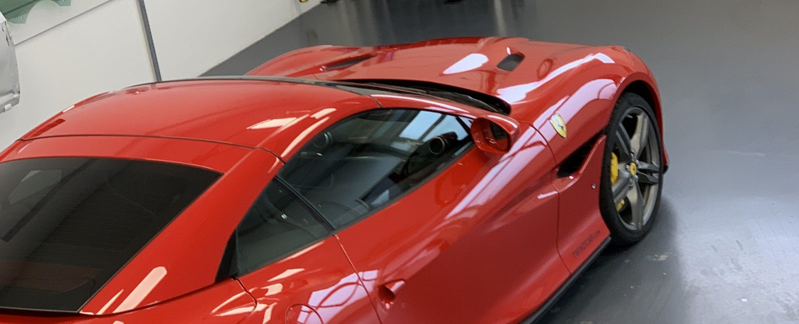 Ferrari getint door Tintlab